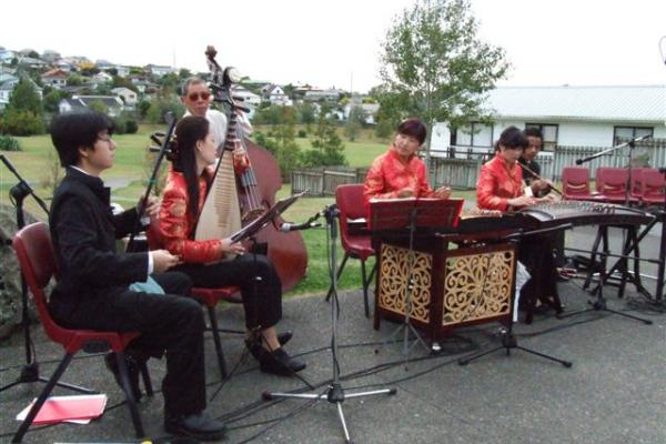 An excellent mainland Chinese traditional band at the Rewi Alley park opening.